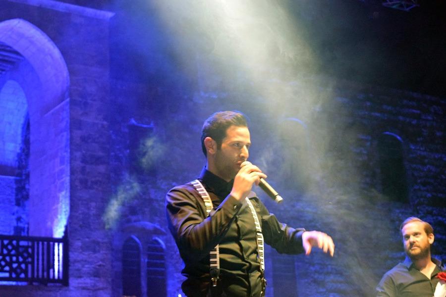 Omar Kamal Performance