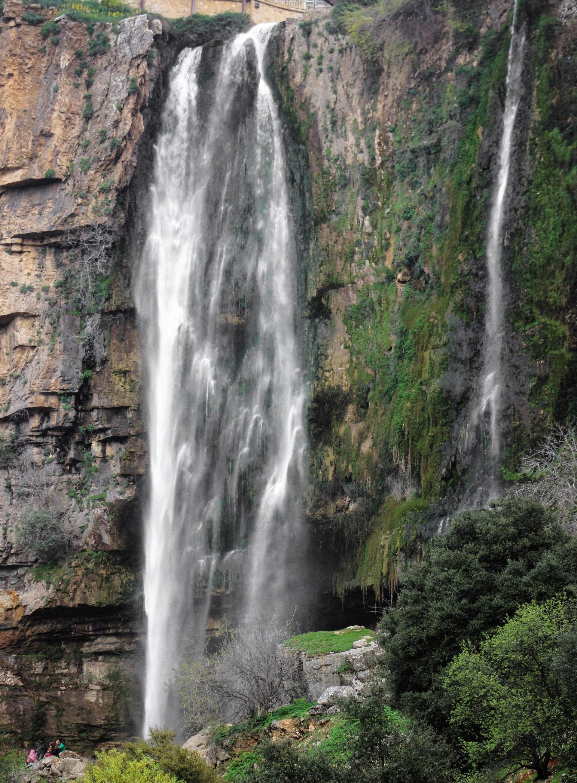 5-epic-waterfalls-to-visit in-lebanon-jezzine-lebanon-travel