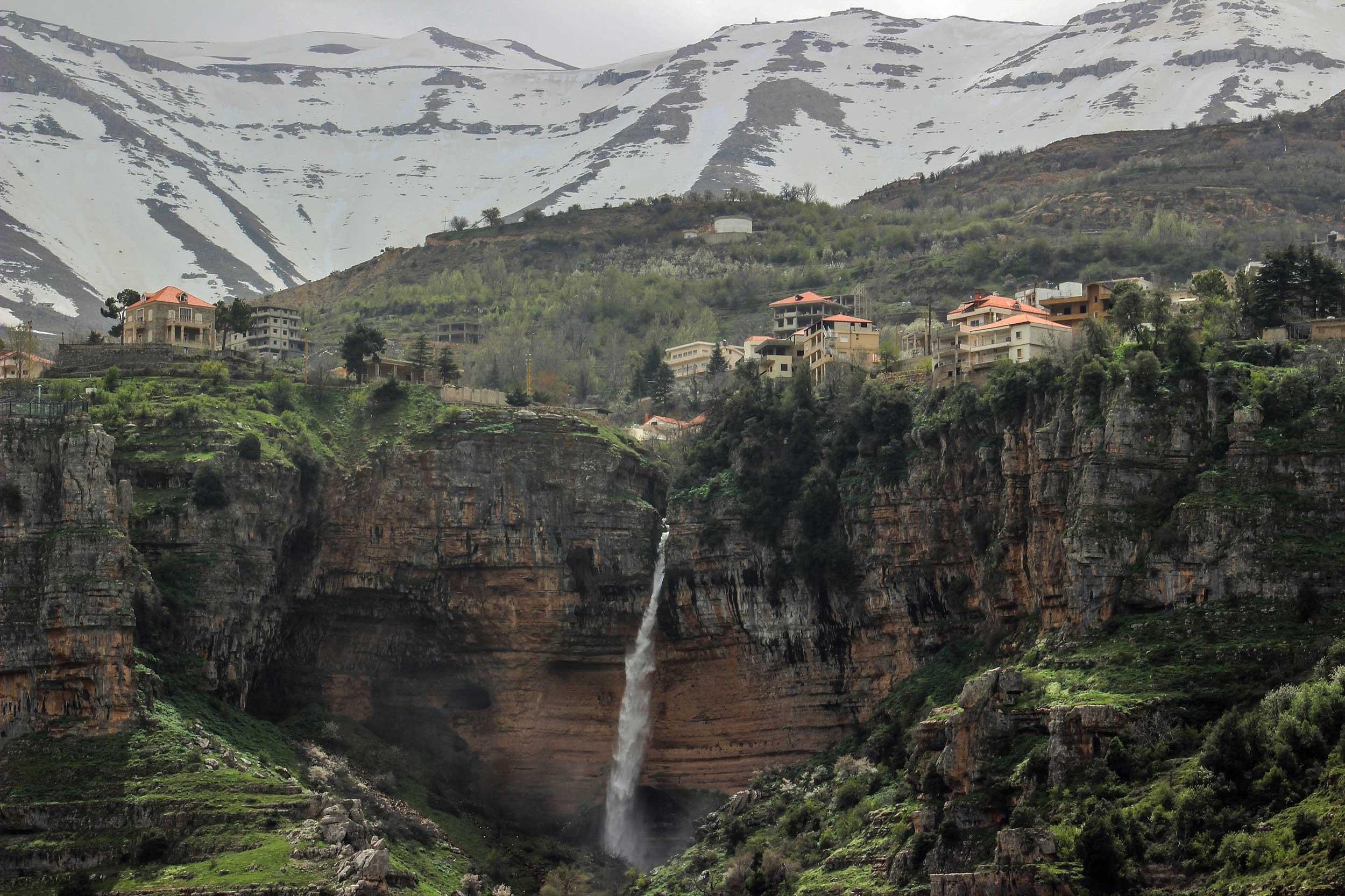 5-epic-waterfalls-to-visit in-lebanon-qannoubine-bcharre-lebanon-travel
