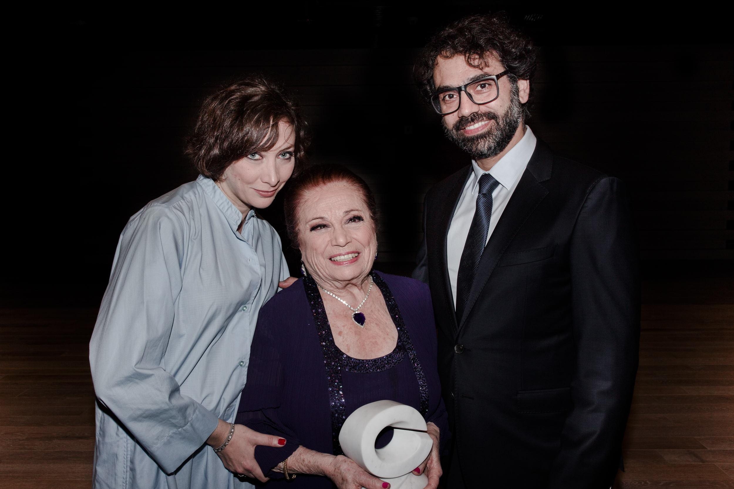 Georgette Gebara receiving her award