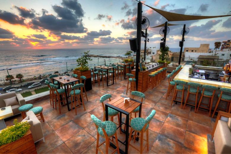17-sexiest-sunset-spots-el-boutique-hotel-lebanon-traveler