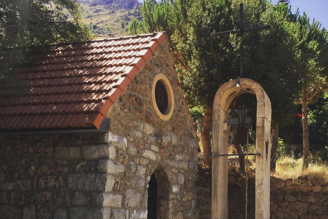 church-tannourine-min-guide-lebanon-traveler