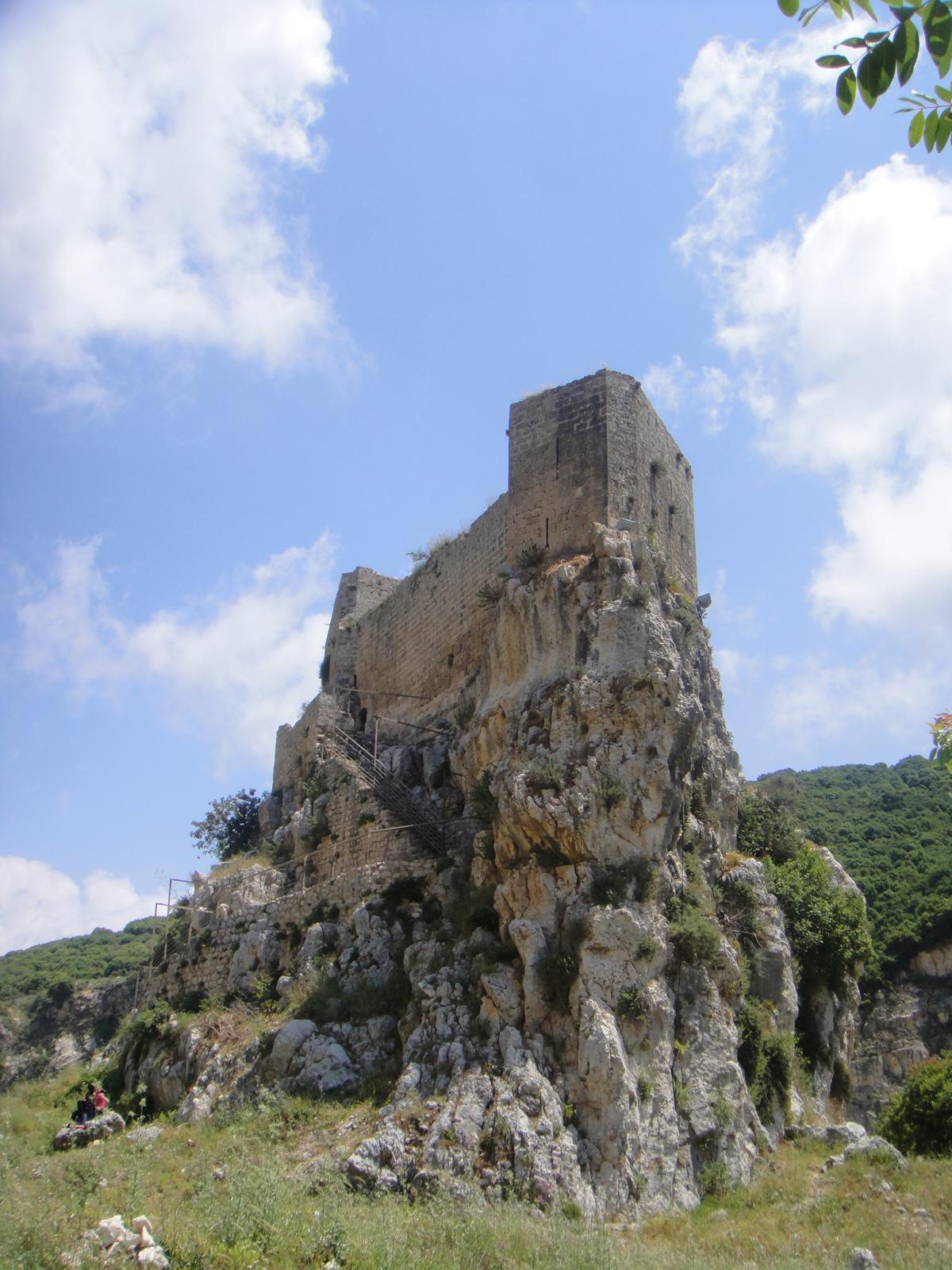 10-things-to-do-in-batroun-mseilha-port-lebanon-traveler