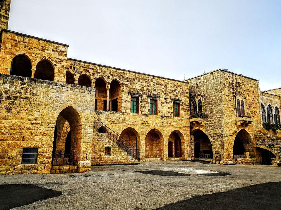 alhamadeh-palace-baakline-lebanon-traveler