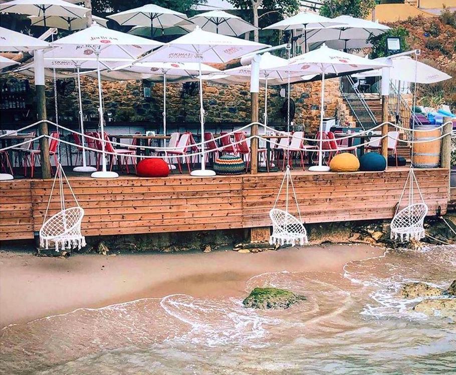 17-sexiest-sunset-spots-fidar-beach-house-al-fidar-lebanon-traveler
