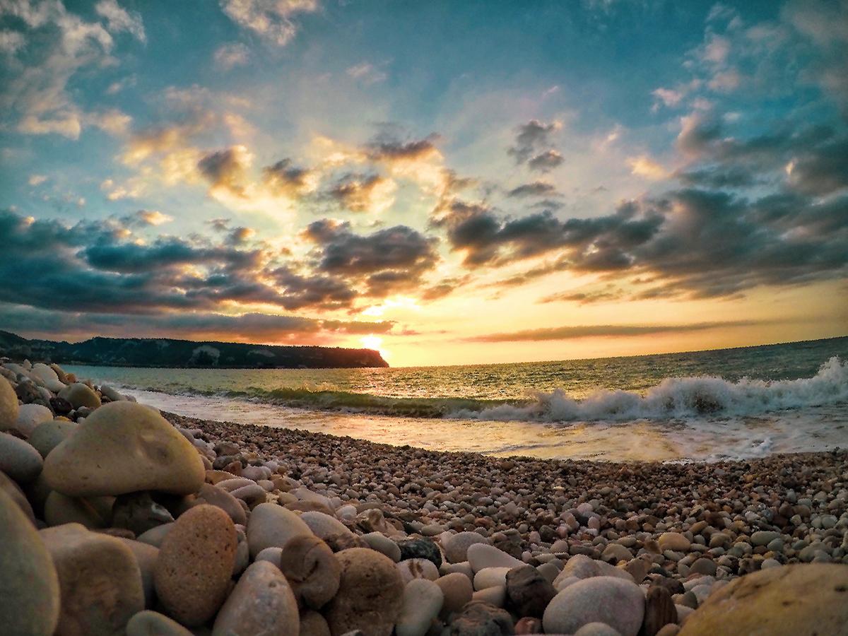 el-herri-sunset-shots-lebanon-traveler