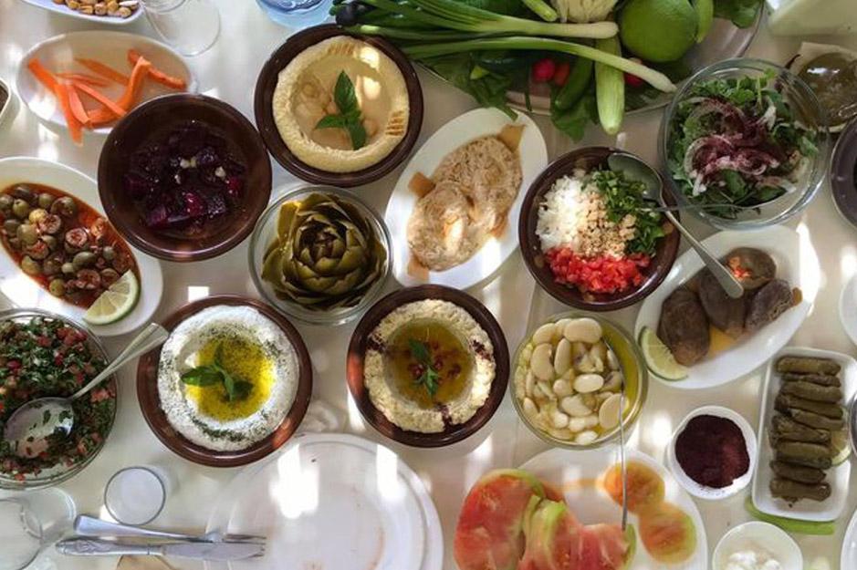 Rechmaya-aley-mini-guide-lebanon-traveler-mezze-sir-mountain-jawzet-el-mir