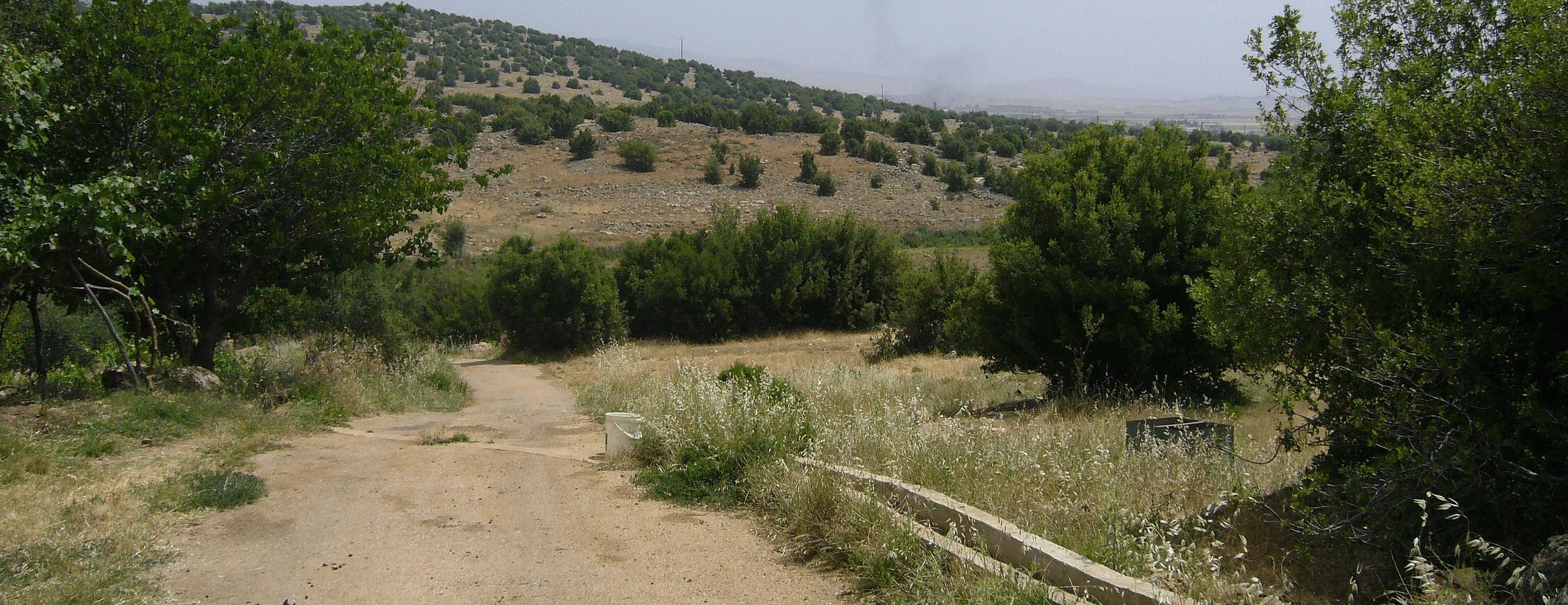 wada trails deir el ahmar lebanon traveler