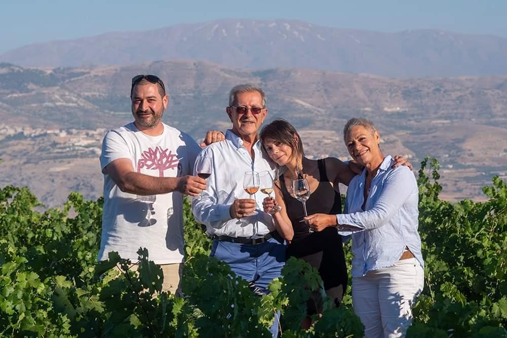 qanafar-winery-west-bekaa-family-photo-lebanon-traveler