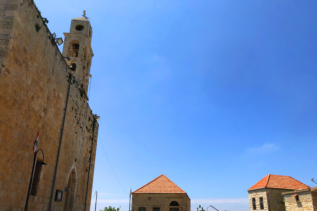 mini-guide-hardine-church-lebanon-traveler