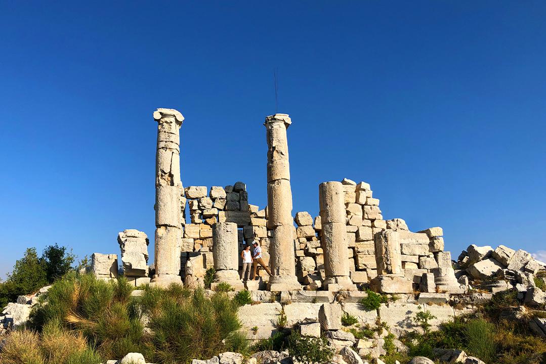 mini-guide-hardine-temple-lebanon-traveler